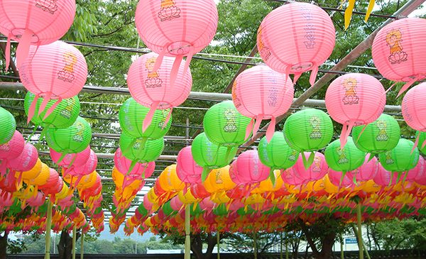 Lanterns hanging at the stone pagoda temple in Gyeongju, South Korea. Public domain image.